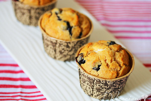 Breakfast Series – Wholewheat Blueberry Cheesecake Muffins