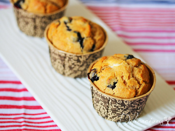 Breakfast Series – Wholewheat Blueberry Cheesecake Muffins
