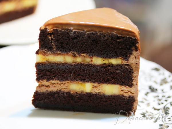 chocolate banana layered cake